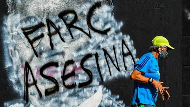 Farc-Guerillos bitten ihre Opfer um Vergebung