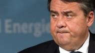 Das Misstrauen gegenüber Sigmar Gabriel in der SPD war der Humus, auf dem das Politikum gedeihen konnte.
