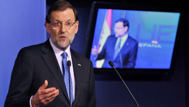 Spain's PM Rajoy speaks during a news conference at the end of an European Union leaders summit meeting in Brussels