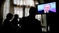 Höhere moralische Bestimmung: Putin spricht, das Volk lauscht.