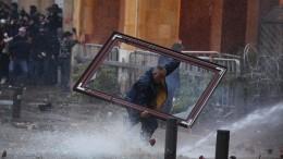 Knapp 400 Verletzte bei Zusammenstößen in Beirut
