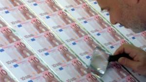 Schröder und Merkel: Keine höhere Mehrwertsteuer