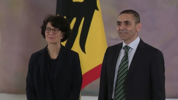 Biontech-Gründer erhalten Bundesverdienstkreuz