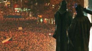 Tausende demonstrieren für die Pressefreiheit