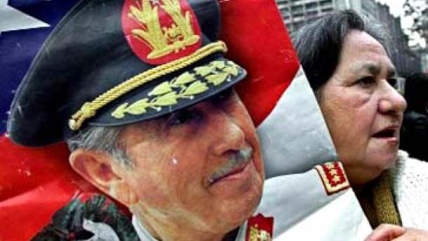 Gericht stellt Verfahren gegen Pinochet ein