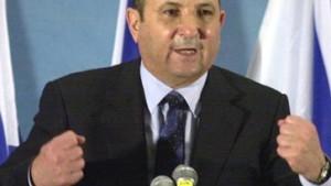 Netanjahu fordert Barak heraus