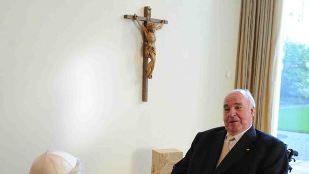 Papst würdigt Kohl