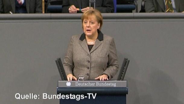 Finanzminister Schäuble habe dabei die deutschen Kernforderungen durchgesetzt, so Merkel in ihrer Regierungserklärung.
