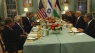 Am Montagabend begann in den USA eine neue Runde der Nahost-Friedensverhandlungen.
