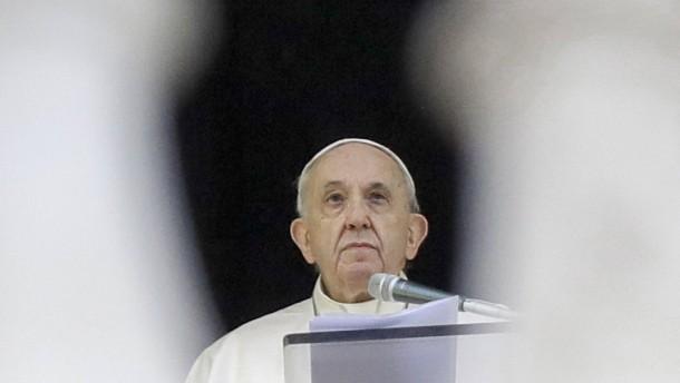 Warum der Papst den Apfel schält