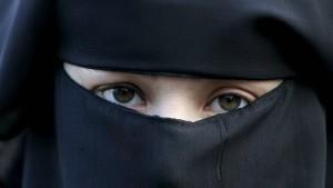 Österreich beschließt Burka-Verbot
