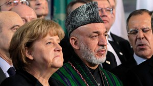 Karzai fordert weitere Unterstützung
