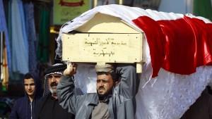 Zehn irakische Soldaten versehentlich bei Luftangriff getötet