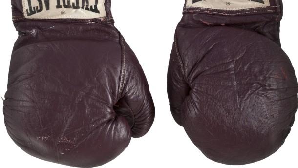 Muhammad Alis Boxhandschuhe für 400.000 Dollar verkauft