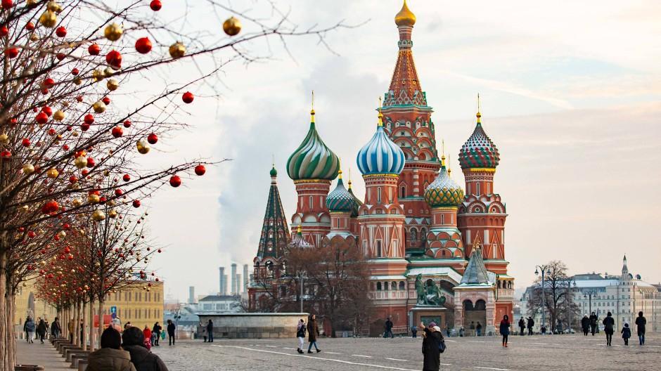 Ein Bild von Russland: Die Basilius-Kathedrale auf dem Roten Platz in Moskau