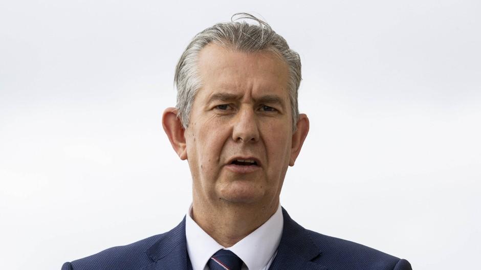 Der DUP-Vorsitzende Edwin Poots am 8. Juni 2021