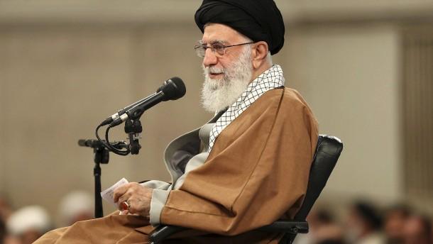 Chamenei sieht amerikanische Verschwörung