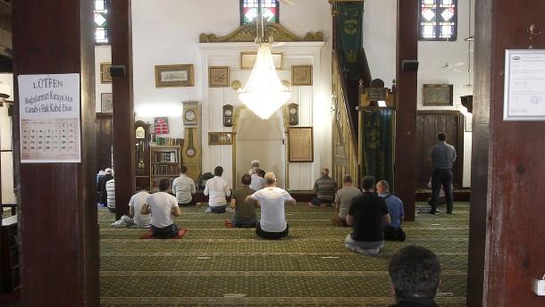 """Allah ist unser Kommandant"""
