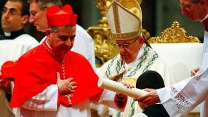 Die unkontrollierten Millionen des Papstes