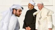Arabische Tussi Bläst Und Kommt Dann Zur Sache
