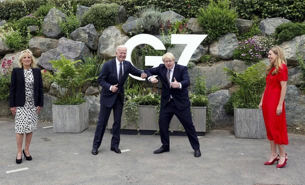 Joe Biden und Boris Johnson am Donnerstag  in Carbis Bay