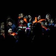Afghanische Migranten an Bord eines Frontex-Bootes im Oktober 2017 auf der griechischen Insel Lesbos