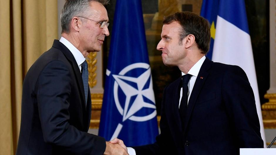 Nato-Generalsekretär Jens Stoltenberg und Frankreichs Präsident Emmanuel Macron im November in Paris