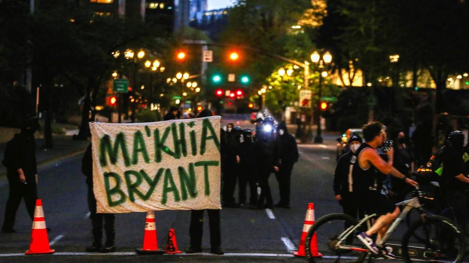 Demonstranten nach dem Vorfall am Dienstag in Columbus