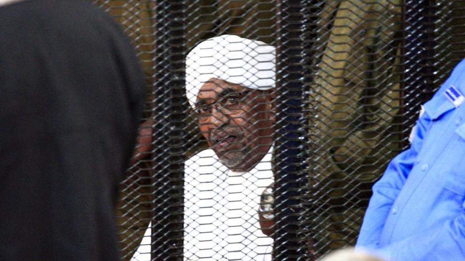 Omar al-Baschir im August im Gericht in Khartum
