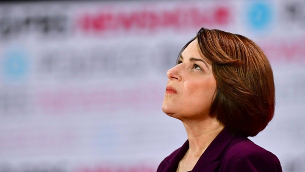 Kandidatin Amy Klobuchar gibt auf