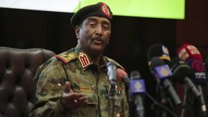 Armeechef: Ministerpräsident kann bald nach Hause