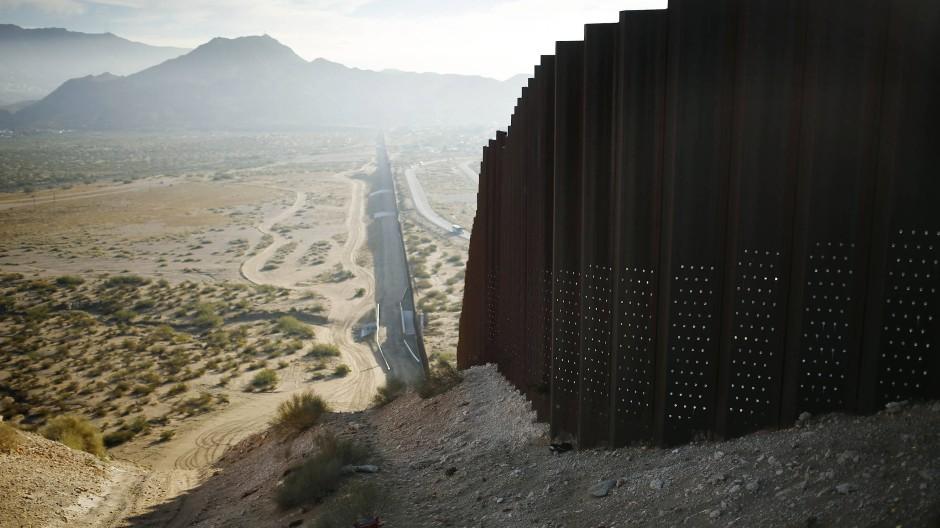 Mauerbau Zwischen Den Usa Und Mexiko Konnte Bald Beginnen