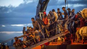 Illegale Migration steuert auf Fünf-Jahres-Tief zu