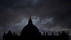 Luxusleben mit Geld aus dem Vatikan