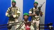 Putschist?: Ein gabunischer Soldat soll in einem Video auf Youtube die Gründung eines nationalen Rates zur Erneuerung verkünden.