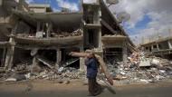 Zwischen Bomben und Granaten