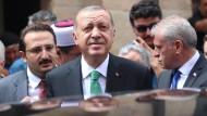 Freut sich wohl über die Strafzölle, weil sie sein Wunsch nach einem Präsidialsystem befeuern könnten: Türkeis Staatschef Erdogan