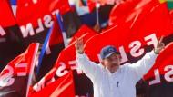 Feiert sich und die Revolution: Nicaraguas Präsident Daniel Ortega