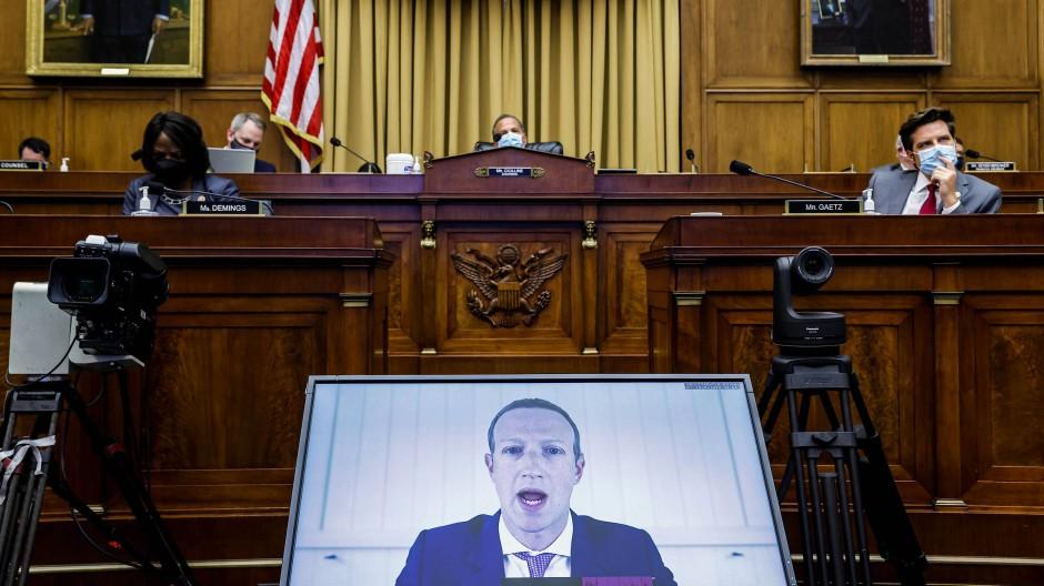 Anhörung vor dem Kongress: Giganten ganz klein