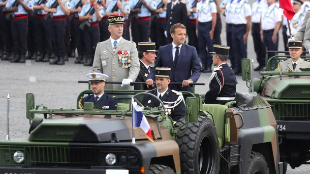 Rücktritt aus Angst vor einer Präsidentin Le Pen?