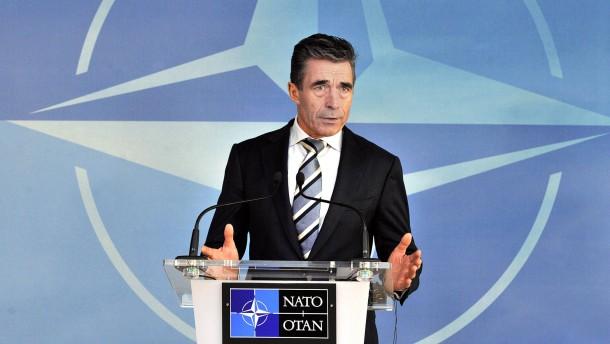 """Nato verurteilt """"militärische Eskalation"""" auf der Krim"""
