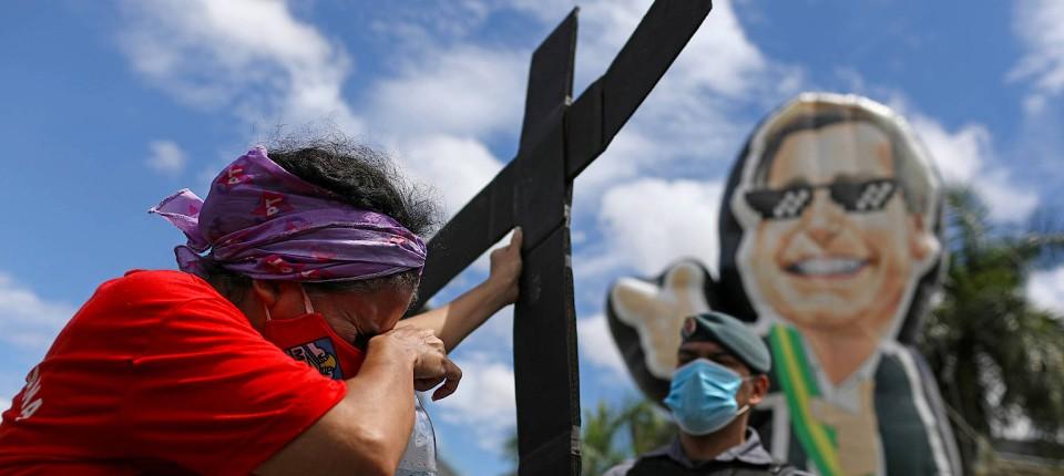 Protest gegen Bolsonaros Corona-Management am 23. April in Manaus