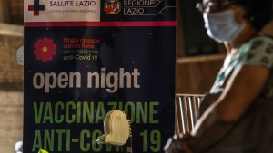 Italiens Regierung streitet über Impfpasspflicht