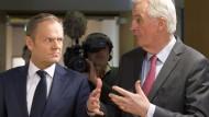 Müssen Rücksicht nehmen: EU-Ratspräsident Tusk und EU-Chefunterhändler für den Brexit Michel Barnier