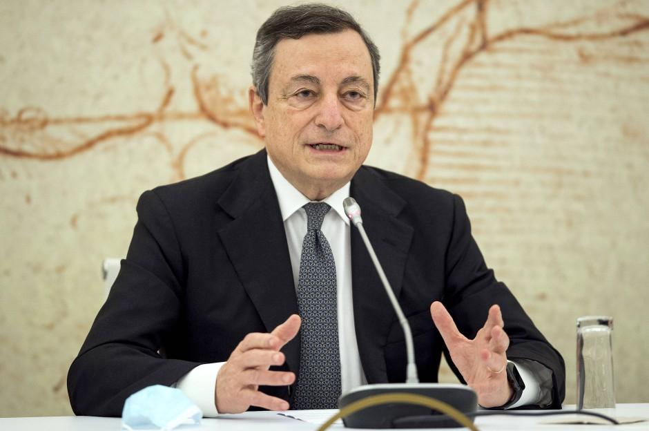 Der italienische Ministerpräsident Mario Draghi im Mai 2021 in Rom während einer Pressekonferenz zum EU-Corona-Pass