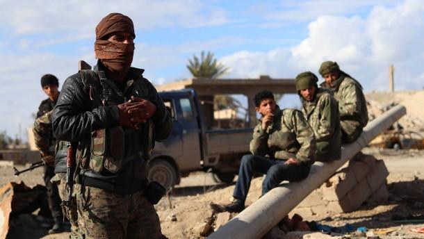 Syrische Rebellen planen Angriff auf letzte IS-Enklave