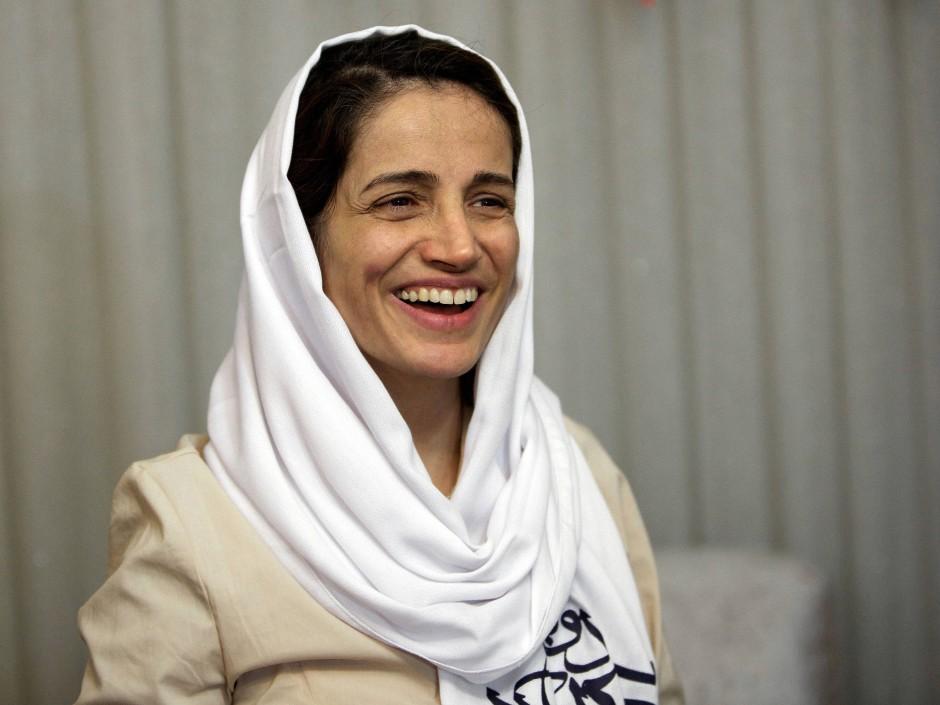 Nasrin Sotudeh 2013, nachdem sie nach aus einer dreijährigen Haft freigelassen wurde. Mittlrweile ist sie wieder inhaftiert.