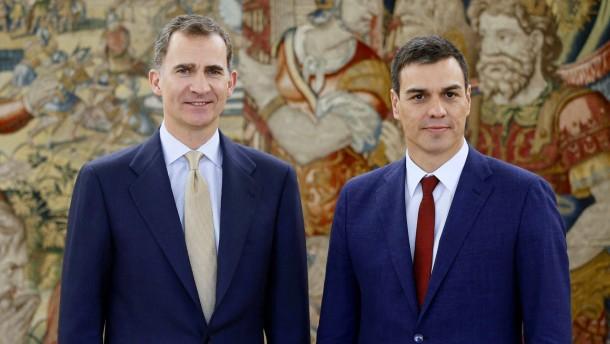 König Felipe VI. leitet Auflösung des Parlaments ein