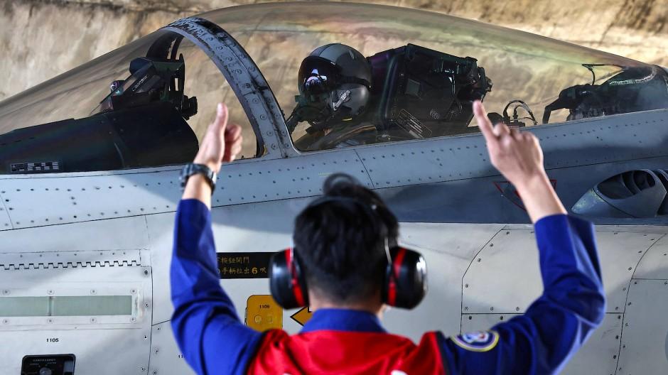 Allzeit bereit: Taiwans Luftwaffe trainiert für den Ernstfall.