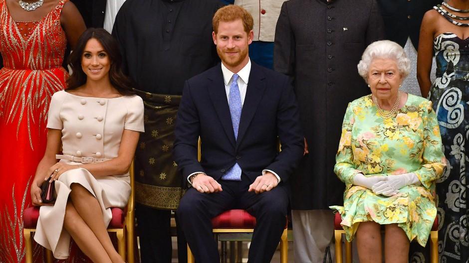 Harry und Meghan: Alte weiße Monarchie?
